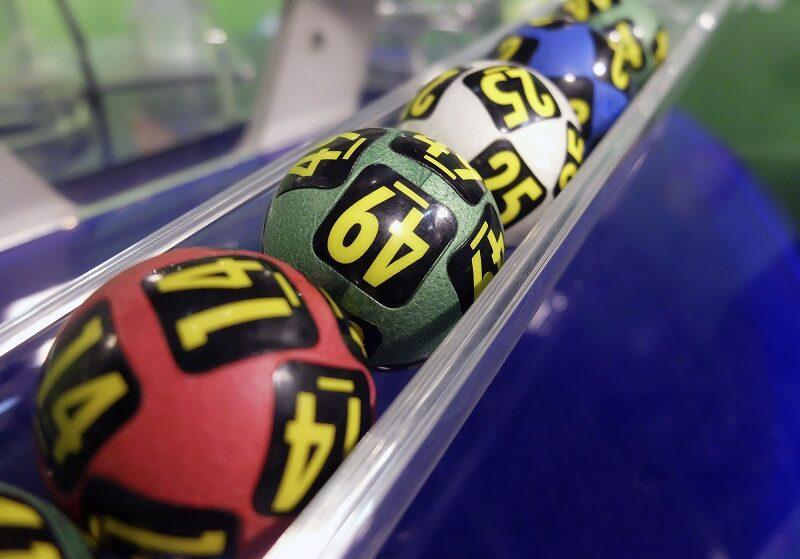 Экономьте на покупках в Kari с «Жилищной лотереей»