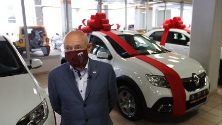 Каждую неделю в Москве разыгрываются автомобили, которые могут достаться только вакцинированным гражданам